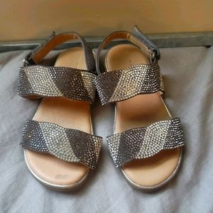 Tahari Toddler Rhinestone Sandals Sz 9 Gray